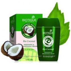 Крем Кокос Биотик Biotique Bio coconut, отбеливающий и питательный крем .