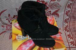 Ботинки замшевые Braska 37 размер