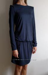 e9d7a46152c Новое итальянские платье Intimissimi XS S вискоза синего цвета - с рюшами