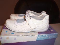 Кожаные туфельки BG р. 26