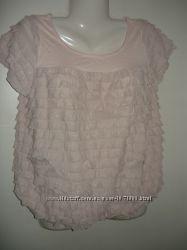 Кремовая женская футболка .