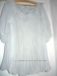 Нарядная женская блуза большого размера  . Размер 54 .