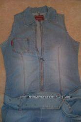 Джинсовое платье сарафан на размер S или  М