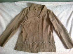 замшевая легкая тоненькая куртка пиджачок