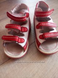 Ортопедическая обувь, до 12  см по стельке. сандалики Thomas Heel.