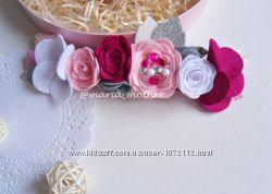 Красивая объемная повязка с цветами детская