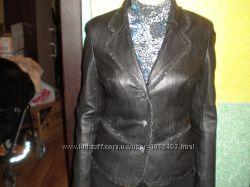 Курточка пиджак женская кожаная