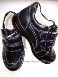 Полностью кожаные туфли на мальчика р. 26-31