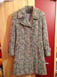 Продам красивое драповое пальто осеньвесна