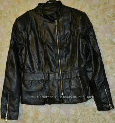 Классная куртка Очень мягкая и приятная Качество отличное  р. S