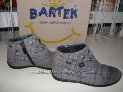 Деми ботиночки BARTEK Бартек р. 27 по стельке 16. 5см-17см.