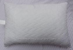 Подушка недорогая 50х70 см холлофайбер LOTUS Стеганная нежность, Украина