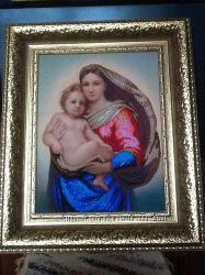 Картина  вышитая бисером по мотивам Рафаэля Санти Сикстинская мадонна