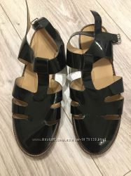 Лаковые подростковые туфли ЗАРА 37 размер, 24 см стелька