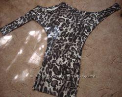 Платье-туника с приспуском на плечо