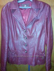 куртка-пиджак кожанный темновишневый. Весна-осень