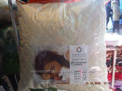 Подушка стеганая 50х70см 70x70 см. с шариковым холофайбером Главтекстиль