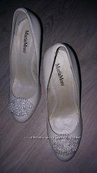свадебные туфли новые белая кожа Maria Moro 39р