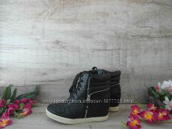 сникерсы ботиночки фирменные