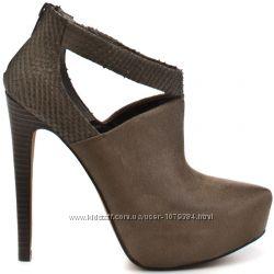 Женские ботинки Jessica Simpson Fionna 40р.