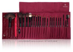 Набор кистей для макияжа SHANY Pro Brush Set with Faux leatherette Pouch