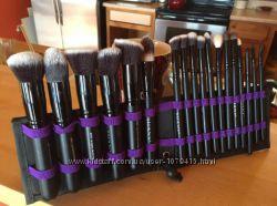 Набор кистей SHANY Artisans Easel - Standing Brush Storage, 18 Pcs