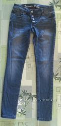 Шикарные узкие прямые джинсы штаны Застежка - пуговицы Модные