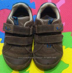 Кожаные кроссовки туфли Clarks Динозавр Размер 24