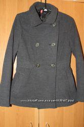 Стильное серое пальто от h&m