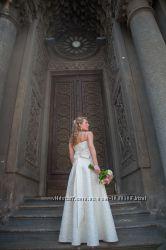 Шикарное кружевное свадебное платье