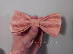 Бабочка розовая галстук