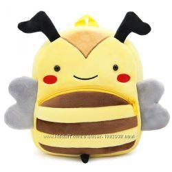 Дитячий плюшовий рюкзак у вигляді бджілки