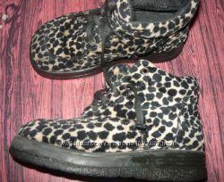 демисезонные ботиночки . размер 30