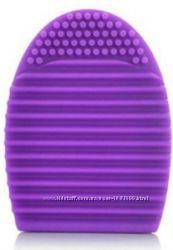 Brushegg силиконовая щетка яйцо для мытья косметических кистей