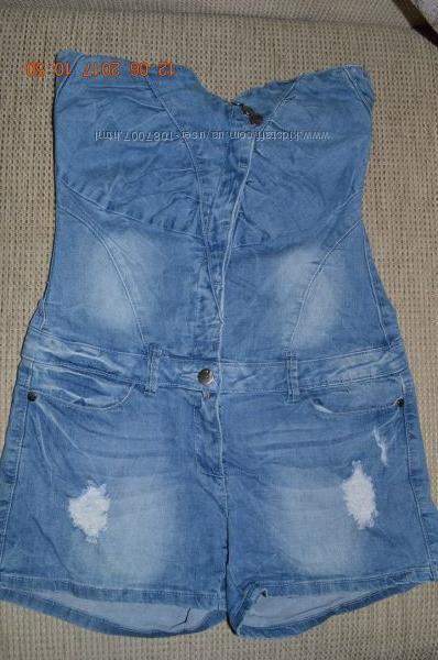Стильний джинсовий комбінезон-шорти розм. S-M в ідеальному стані