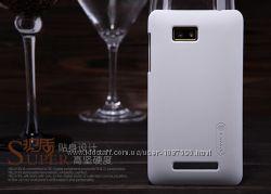 Чехол накладка Nillkin для HTC Desire 400 белый пленка в комплекте