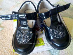 туфельки кларк для девочки