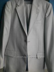костюм мужской строгий 46р