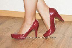 крутые лаковые туфли цвета бургундского вина Fanco Sarto 37 р-р