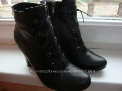 Кожаные женские демми ботинки