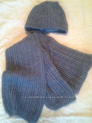 Зимняя шапка на флисе с небольшими  ушками  шарф