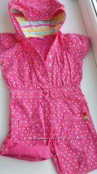 Шикарный розовый  в цветной горошек комбинезон на девочку 6-9 мес