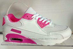 Кроссовки белые с розовыми вставками AirMax