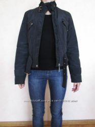 черная осенняя куртка курточка короткая xs на миниатюрную девушку