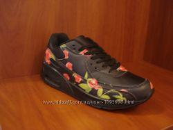 Черные кроссовки осенние 37 38 41 размер