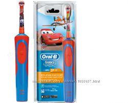 Детская электрическая зубная щетка Oral-b braun D12. 513. K Stages Power