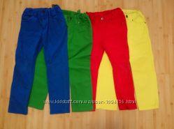 В отличном состоянии модные джинсы из Англии hm