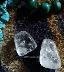 Новые натуральные камни горный хрусталь, розовый кварц, лунный камень и дру