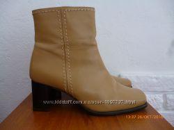 Ботинки кожа р. 39 стілка 26 см. , як нові.
