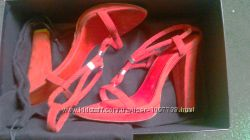 Шикарные босоножки Donna Karan р. 36, 5